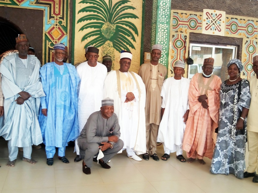 Federal University Lokoja Pays Condolence Visit To Chancellor, Emir Of Fika